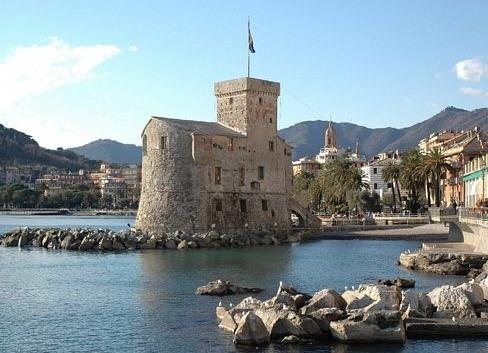 A Rapallo il Comune allestisce l'ottocentesca. Villa Devoto Casa del Mare di Babbo Natale