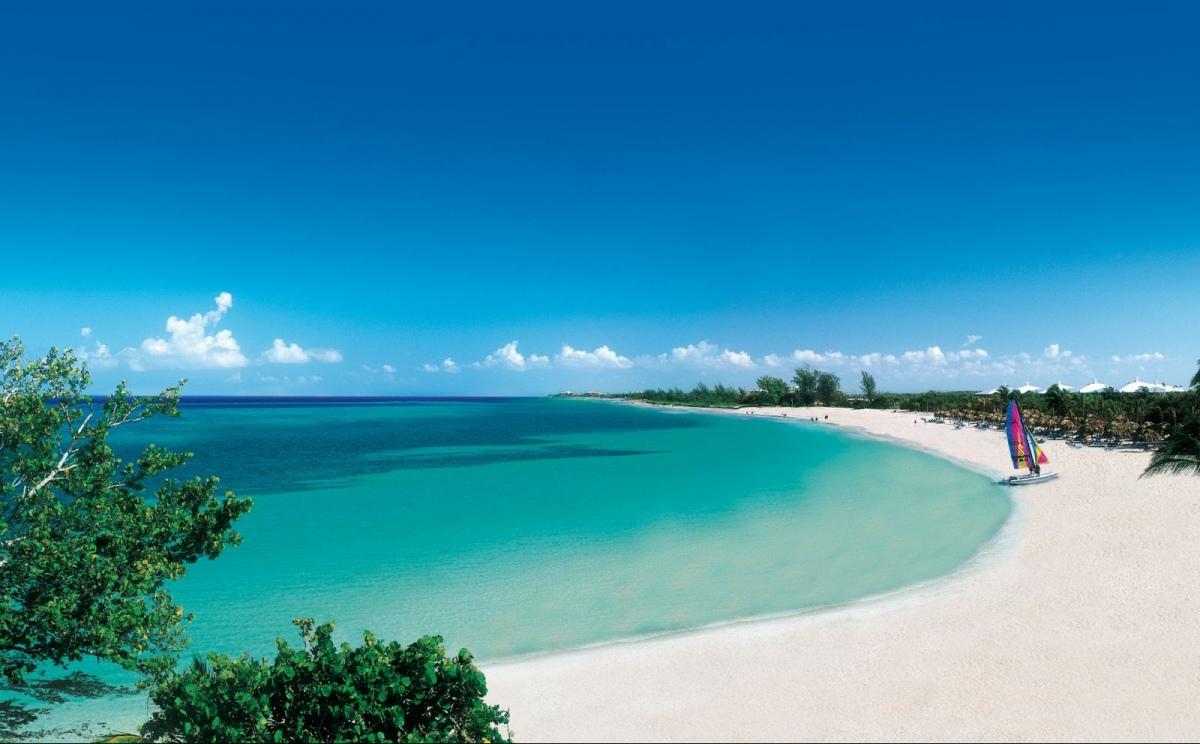 organizziamo 9 giorni su una splendida spiaggia di cuba a