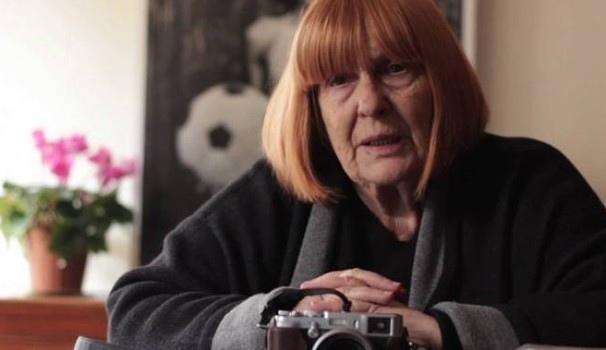 Con gli occhi di Letizia l'incontro e le foto sulle pagine più cupe della storia italiana