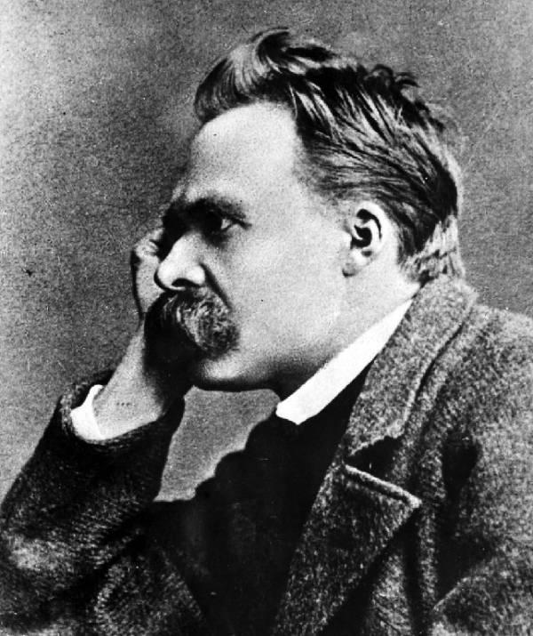 Luigi Carpineti racconta Nietzsche nei parallelismi fra gli uomini e gli animali