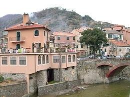 Volete fare una gita senza allontanarvi troppo da Genova? Ellera (Albisola Sup)