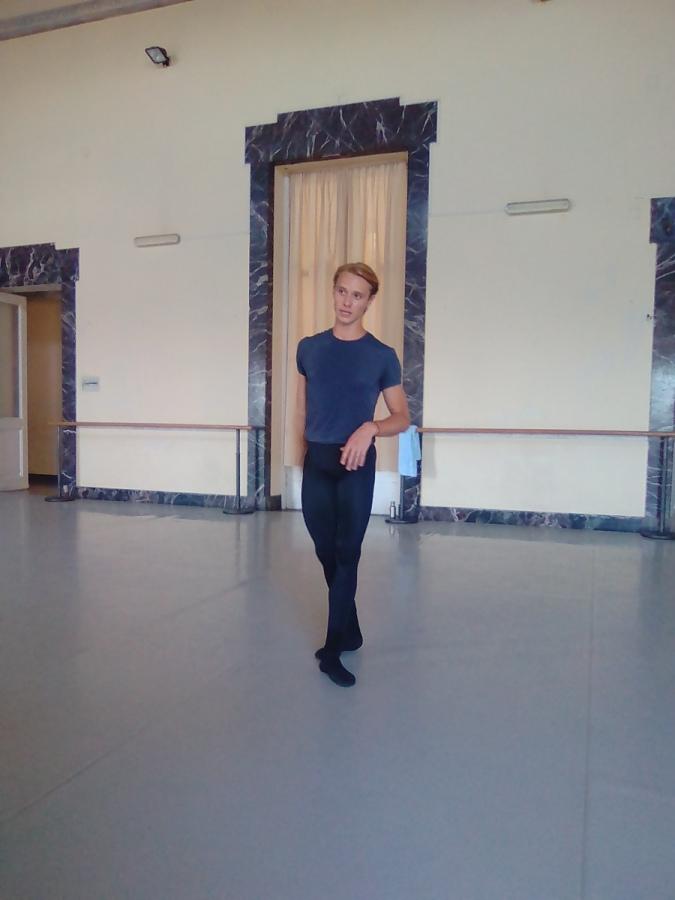 Il primo ballerino della Scala Andrijashenko promosso al secondo corso allo Iafc di Genova